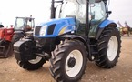 Tracteur agricole : New Holland T6020