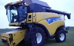 Moissonneuse batteuse : New Holland CR 9060