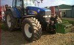 Tracteur agricole : New Holland TM 175