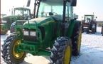 Tracteur agricole : John Deere 5720