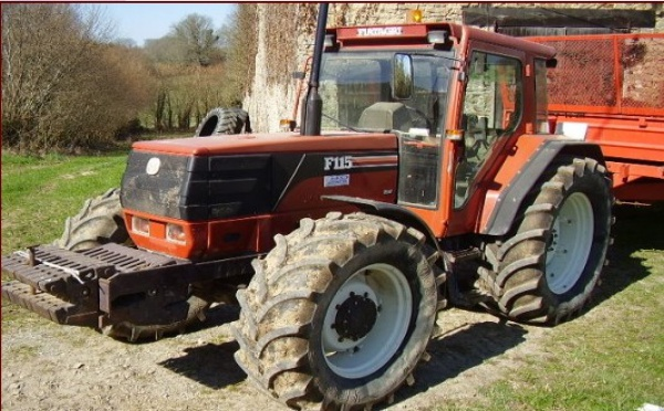 Tracteur agricole Fiat F 115