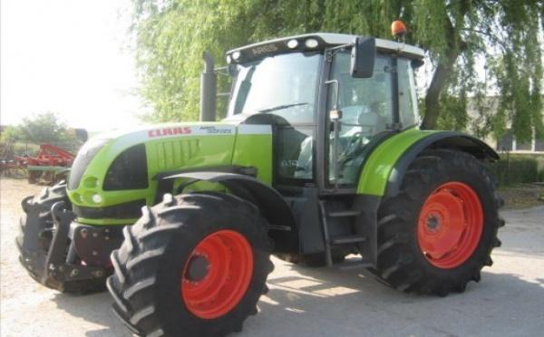 Tracteur agricole : Claas 657 ATZ