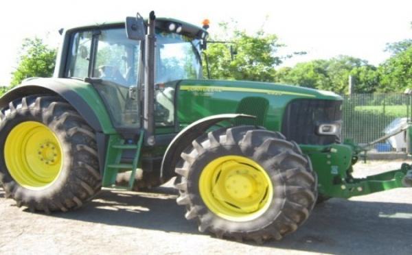 Tracteur agricole : John Deere 6920