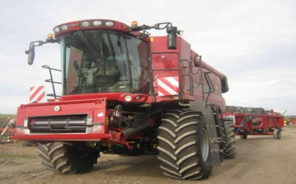 Moissonneuse batteuse : Case IH Case IH 7120 AFS